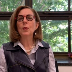 Oregon Governor Kate Brown Announces New COVID Rules Requiring Masks Outdoors For All Residents Regardless of Vaccinated Status