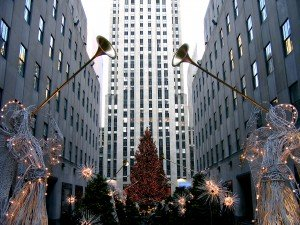 New York City, Rockefeller Center, Christmas, Angels, Trumpets | CGP Grey (CC BY 2.0)