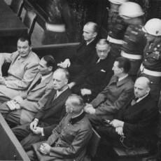 """""""Nürnberger Prinzipien"""": Alle Verbrecher nach dem gleichen Maß messen!"""