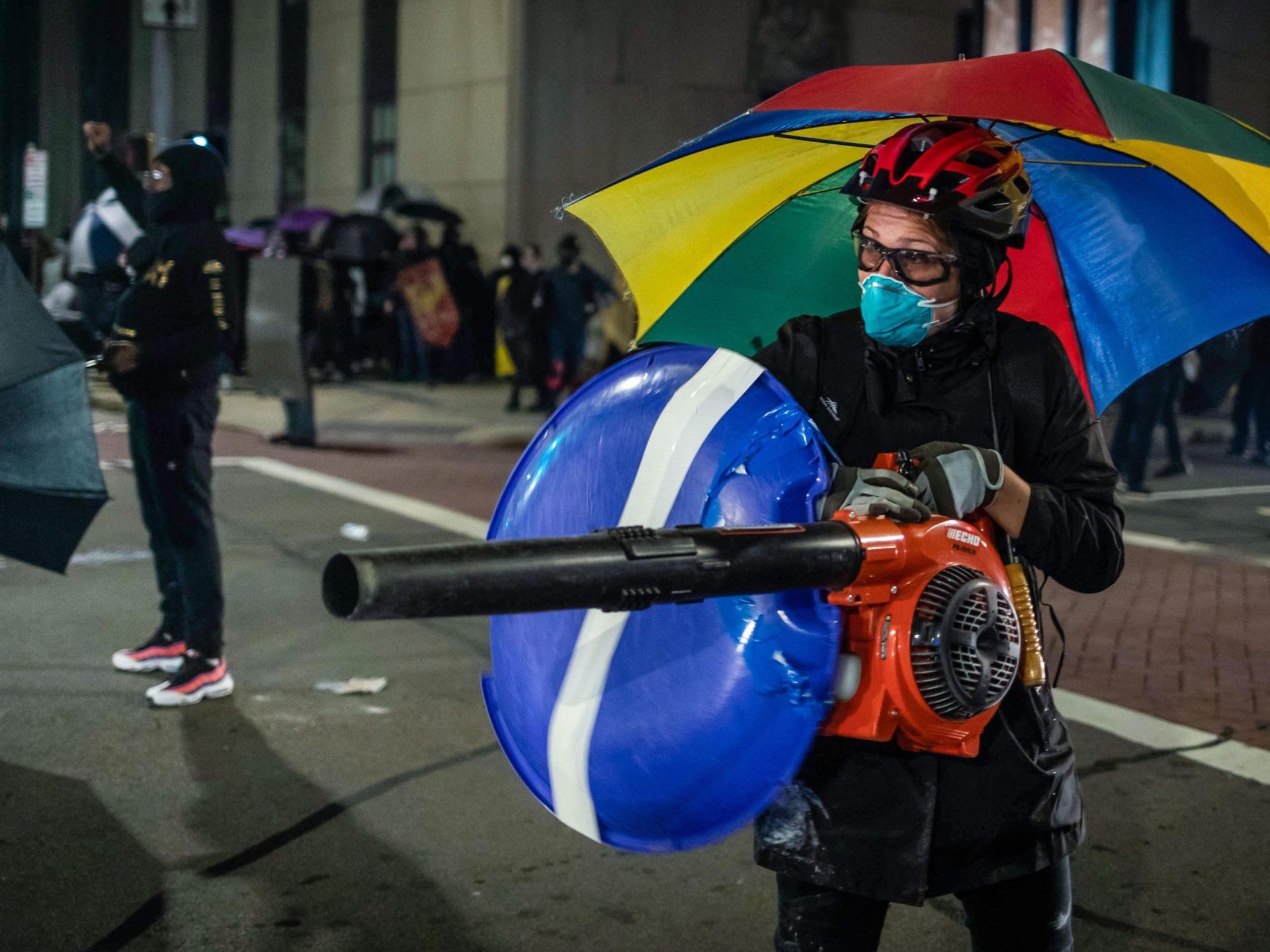 Rochester leaf blower (Marine R. Staab / AFP / Getty)