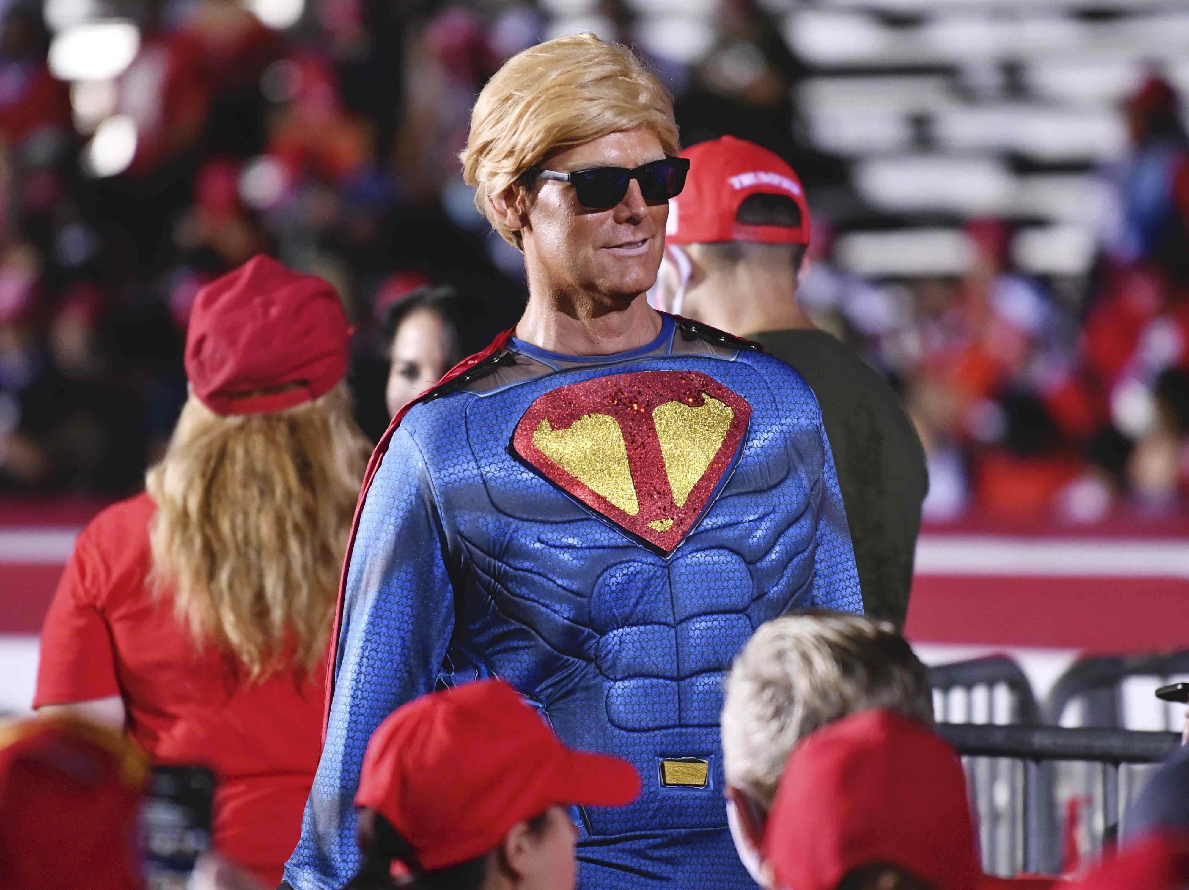 Trump superman Miami (Jim Rassol / Associated Press)