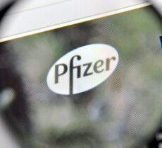 Six Dead from Pfizer Trials: Shares Down, Pfizer CEO Makes a Killing
