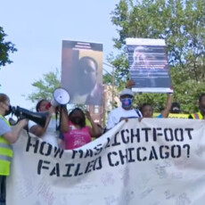 VIDEO–Over 300 Protesters Gather Outside Chicago Mayor's Home: 'It's Not Enough to Be Black'